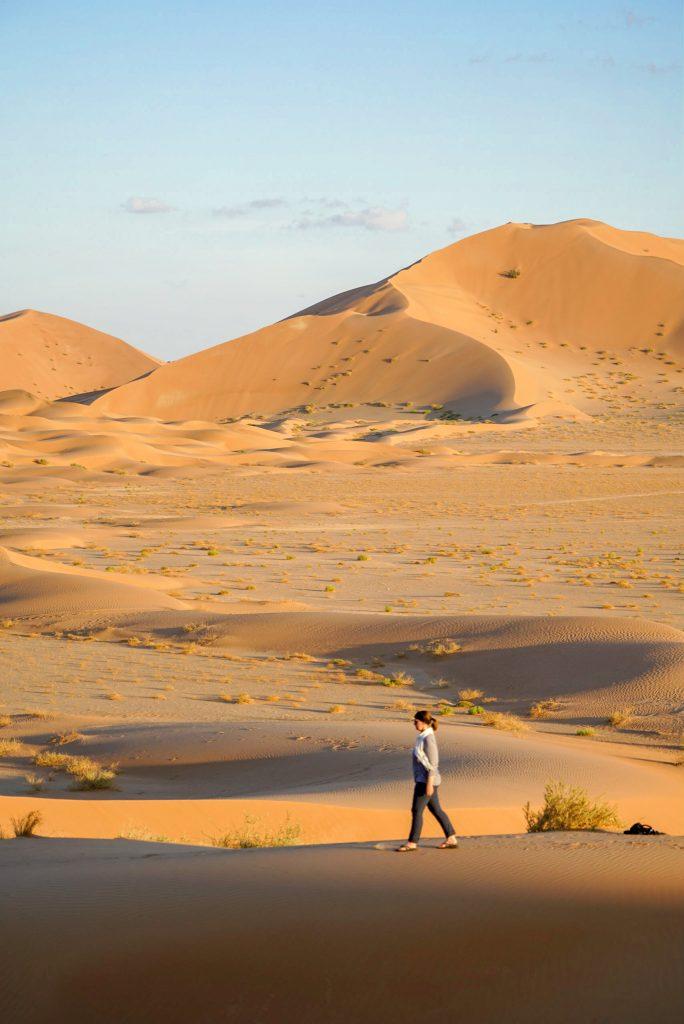 De Rub al Khali - Het Lege Kwartier - De duinen verkennen bij ondergaande zon