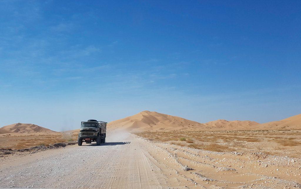 Vrachtverkeer in de Rub al Khali