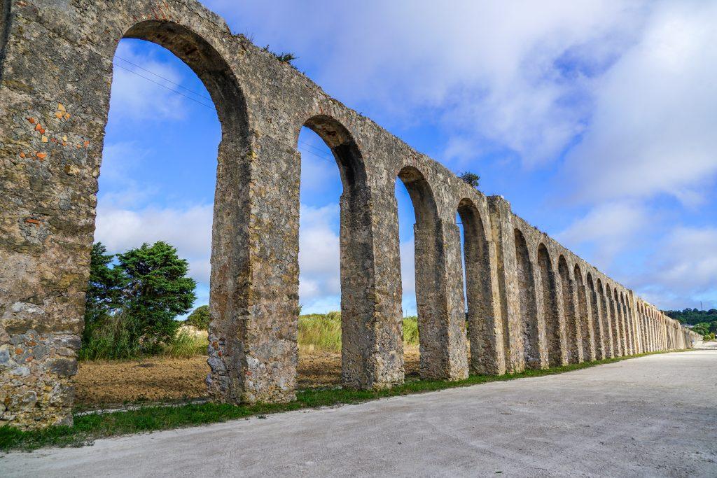 Is Obidos de Moeite Waard? Aquaduct van Obidos
